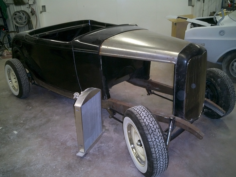 1932 Ford Roadster - Auto Restoration Shop, Waltonville IL